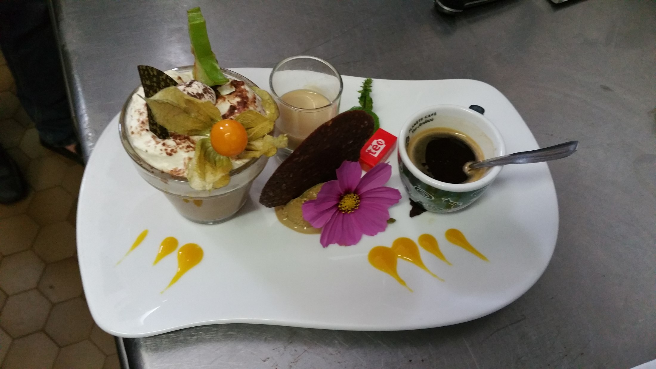 Irish café gourmand